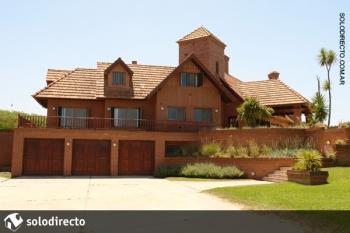 Casa en Alquiler en Caril�: Aguila y la playa