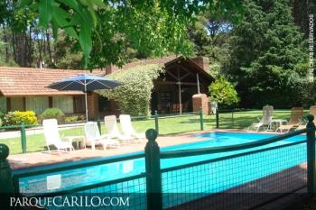 Casa en Alquiler en Caril�: Mimbre entre Divisadero y Avestruz
