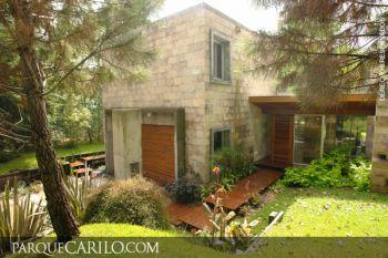 Casa en Alquiler en Caril�: Ñandubay entre Gallareta y Chorlo
